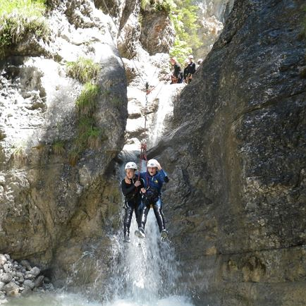 Jugendprogramm/Familien-Canyoning